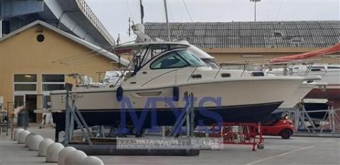 Pursuit Tiara 3100 Offshore