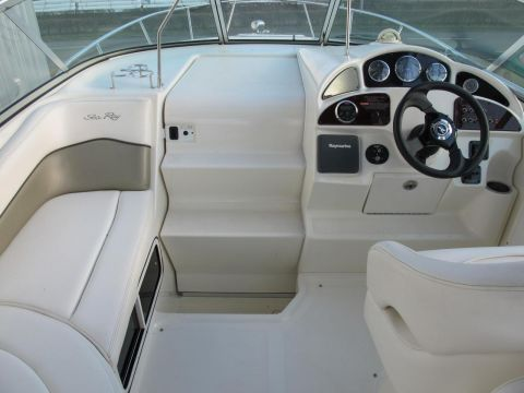 Sea Ray Sundancer 260/275