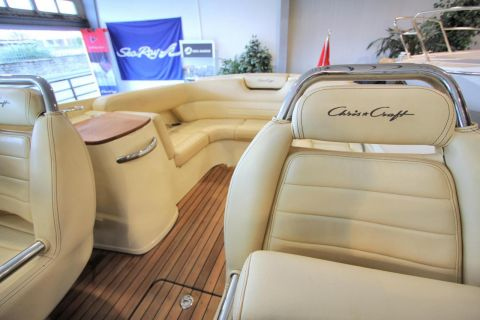 Chris Craft Launch 25