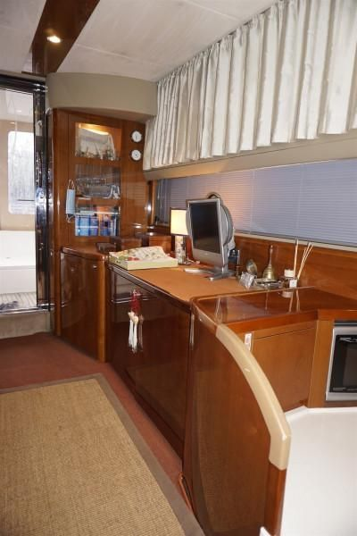 Marine Projects PRINCESS 42 FLY