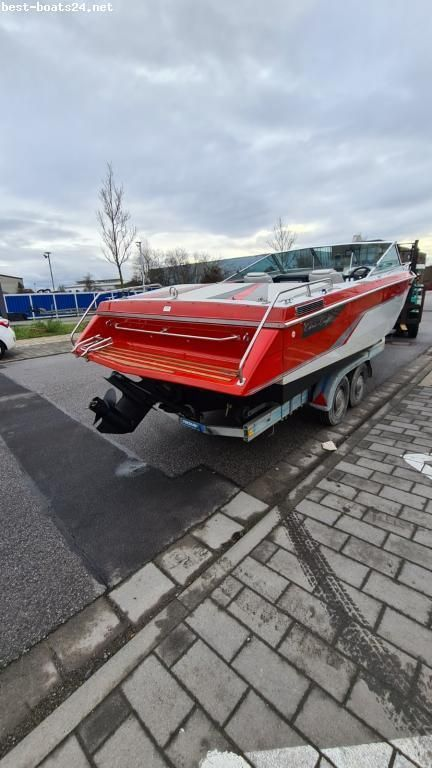 Chris Craft 210