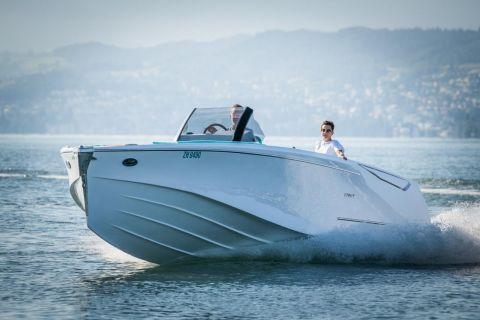 Ganz Boats Ovation 7.6 Open