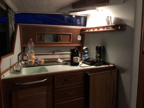 Sea Ray SRV 270