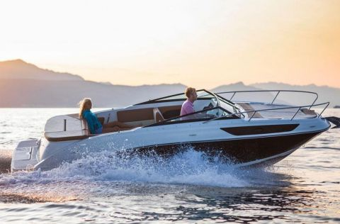 Sea Ray 230 Sunsport