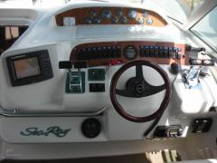 Sea Ray 330 DA Sundancer