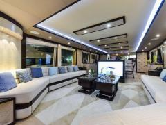 Majesty Yachts Majesty 90