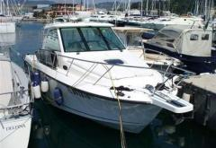 Boston Whaler 345 Conquest Yacht a Motore