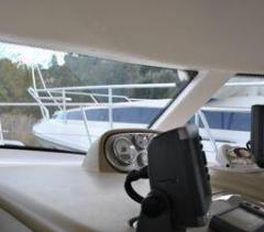 Aqualum 35 Flybridge