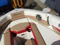 Bryant Boats 210 Walkabout Volvo V8 270