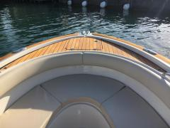 <b>Chris Craft Catalina 26 - Portier Yachts</b><br/>Viel Teakholz