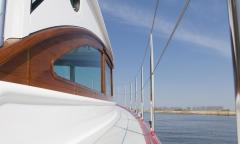 Serious Yachts Gently 36' Sport Hardtop