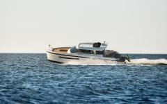 Delta Powerboats 33 CE Coupé Kabinenboot