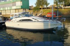 Sea Ray SRV 260 Sundancer Cruiser Yacht