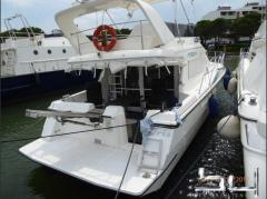 Flagship Fly 44