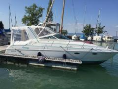 Chris Craft 252 crown Daycruiser