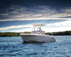 <b>Boston-Whaler 230 Outrage</b><br/>Photo Catalogue