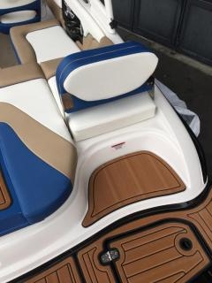Bryant Boats 210 Walkabout Volvo V6 280C