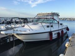 Boston Whaler 28 Conquest Sport Boat