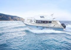 Quicksilver (Brunswick Marine) Captur 905 Pilothouse Vissersboot