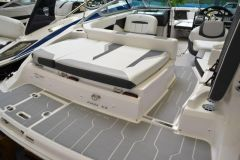 Regal 2000 ES Messeboot Modell 2019