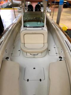 <b>Chris Craft Catalina 26 - Portier Yachts</b><br/>www.portier-yachts.com