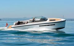 Delta Powerboats 33 Open