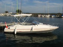 Bayliner Capri Cuddy 2052 Pilothouse Boat