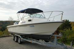 Boston Whaler Conquest 205