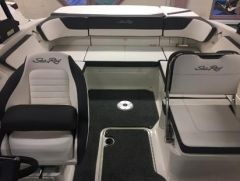 Sea Ray 210 SPX Europa / Nuova