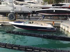 Chris Craft 22 Launch Bowrider