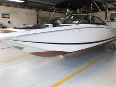 Four Winns SL 222 Bowrider