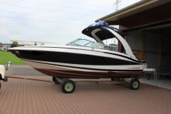 Regal 2550 Kabinenboot