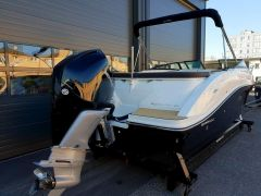 Sea Ray Sun Sport 230 Outbord