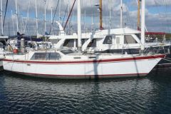 Freedom 39 Deck Saloon Pilothouse (Casco) Segelyacht