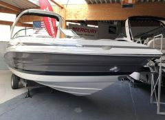 Crownline 285 Ss & Tower Sportboot