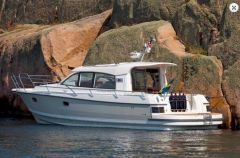 Nimbus 305 Coupé Pilothouse Boat