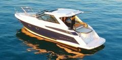 Regal 42 Sport Coupe Motoryacht