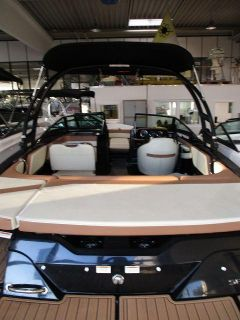 Sea Ray 210 SPXE - WBT Sportboot