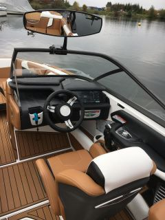 Nautique G23 -Inkl. Starkem Partner im Background