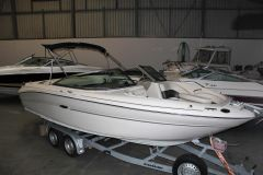Sea Ray 220 Select Bowrider