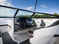 Sea Ray 210 SPX SWISS LTD / Nuova