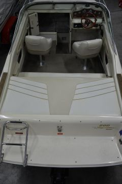 Sea Ray 200 OV