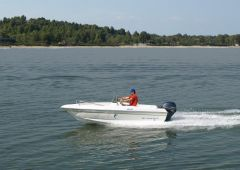 Olympic 450 Centerconsole Sport Boat
