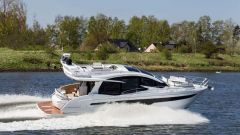 Galeon 500 Fly Yacht a Motore