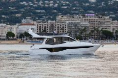 Galeon 460 Fly Yacht a Motore