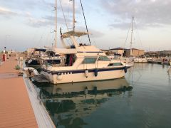 Fairline 32 Sedan Flybridge Flybridge Yacht