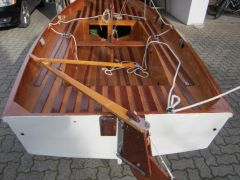 Mirror Dinghy