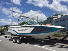 Mastercraft X23 Wake/Surf