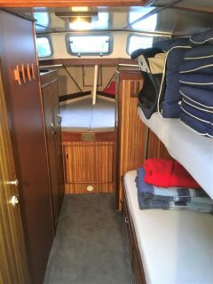 Striker 38 Cabin