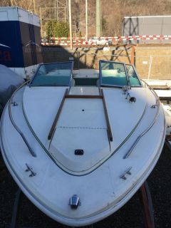Sea Ray Monaco 200 Sport Boat